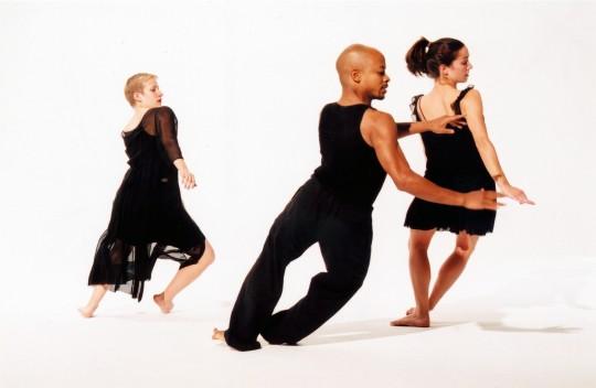 2006-FLEETING THOUGHTS- Lisa Niedermeyer, Olase Freeman, Jessica Anthony-Photo by Arthur Elgort